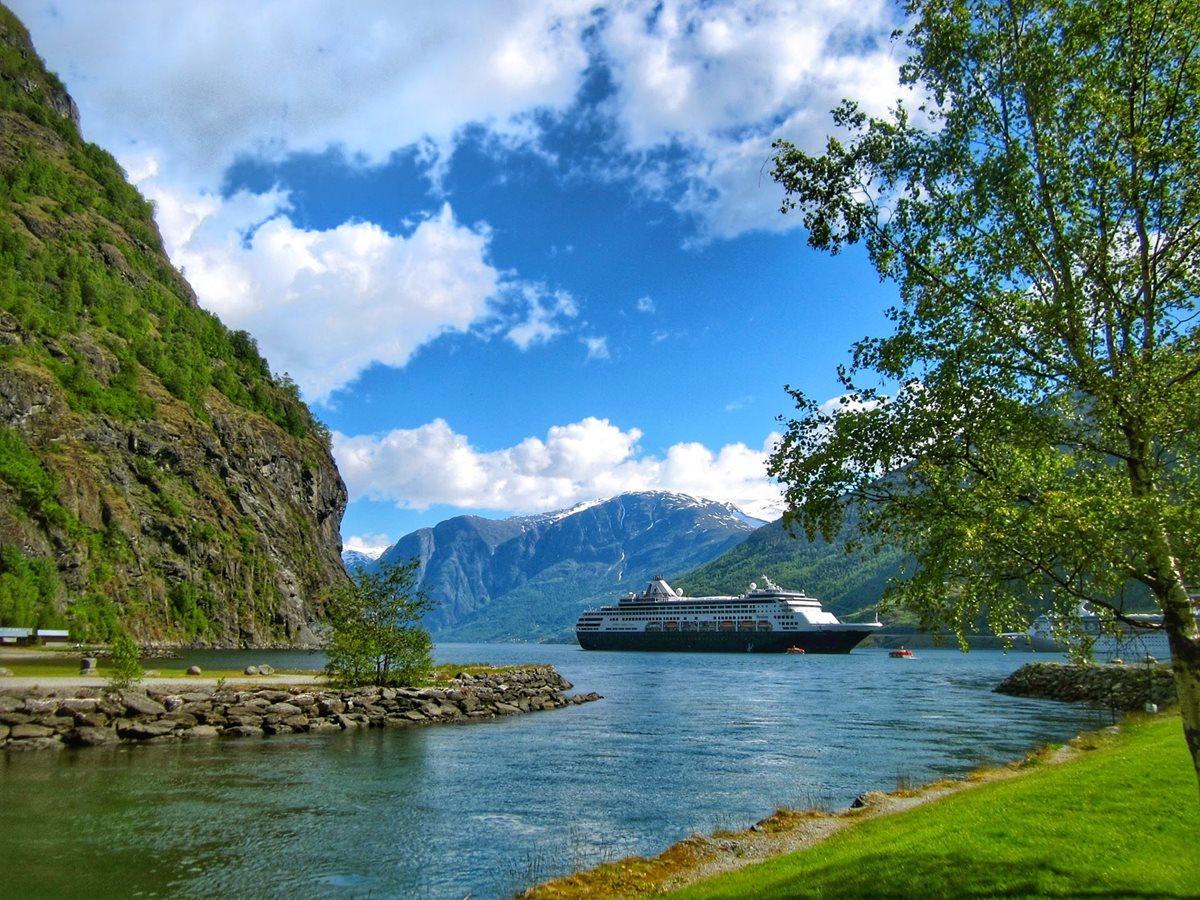 World's Best Luxury Travel Advisors and Hotels - Virtuoso